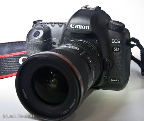 Canon EOS 5D Mark II + 16-35mm lens. This is a versatile combination, which proved itself street shooting in New York City, with subjects ranging from street scenes to candid portraits-even a celebrity sighting at a film premiere. Copyright  ©2009 Jack Neubart. All rights reserved.