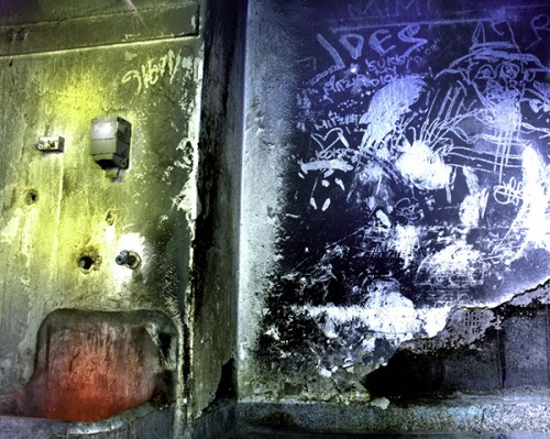 Graffiti-Washroom-1-72dpi-600w-j@12